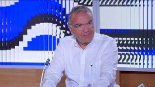 Le Pr Robert Cohen (FRANCEINFO)