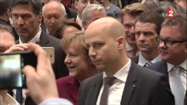 Migrants : un scrutin régional à valeur de test pour Angela Merkel