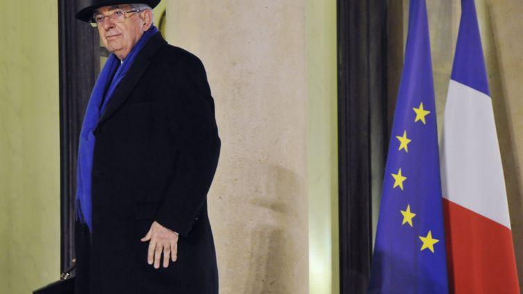 Jean-Pierre Chevènement a rencontré François Hollande le 3 décembre 2012 à l'Elysée. (MEHDI FEDOUACH / AFP)