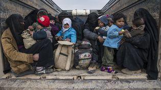 De nombreuses familles fuient le groupe État islamique,commeici dans l'est de la Syrie, le 14 février 2019. (FADEL SENNA / AFP)