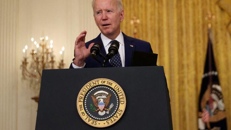 Le président américain Joe Biden lors d'une prise de parole à la Maison Blanche, à Washington, le 15 avril 2021. (CHIP SOMODEVILLA / GETTY IMAGES NORTH AMERICA / VIA AFP)