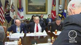 Donald Trump, le président des États-Unis, multiplie les attaques. (FRANCE 2)