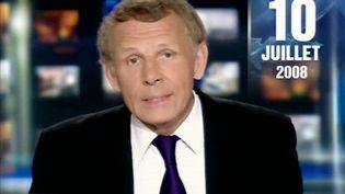 Patrick Poivre d'Arvor présente son dernier journal le 10 juillet 2008 sur TF1. (AFP)