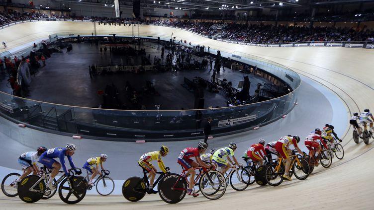 Le cyclisme sur piste qui sera l'une des épreuves phares à Rio (THOMAS SAMSON / AFP)
