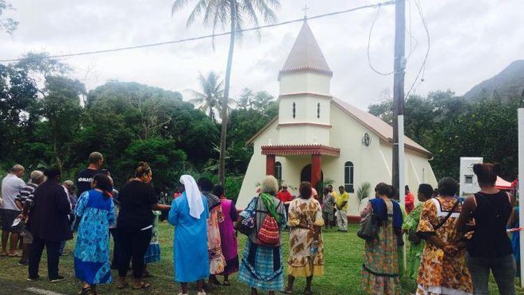 La chapelle Notre-Dame de Famita du village de Houaïlou avait subi de sérieux dommages au fil du temps. L'édifice date de 1945. (MARGUERITE POIGOUNE / NC1ERE)