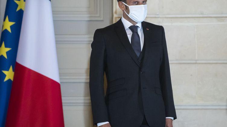 Le président Emmanuel Macron à Paris, le 30 septembre 2020. (CHRISTOPHE PETIT TESSON / AFP)