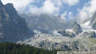 Le glacier de Planpincieuxdans la vallée d'Aoste (Italie), le 18 août 2021. (SOLENE LEROUX / FRANCEINFO)