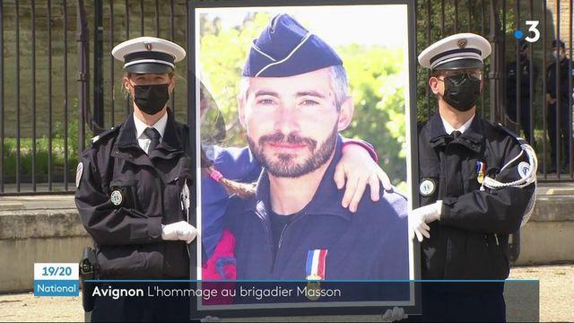 Policier tué à Avignon : un hommage national rendu à Éric Masson en présence de Jean Castex