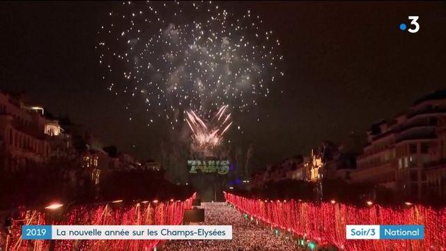 Saint-Sylvestre : 250 000 personnes sur les Champs-Élysées pour célébrer la nouvelle année