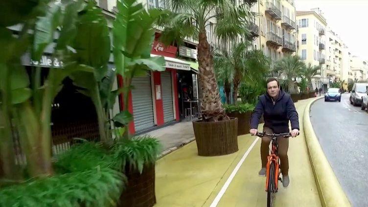 À Nice, dans les Alpes-Maritimes, les candidats aux municipales comptent rendre la ville plus accessible aux cyclistes.  (france 3)