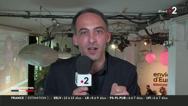 """Pour Raphaël Glucksmann, la gauche n'est """"pas morte"""" et doit """"chercher à (se) rassembler"""""""