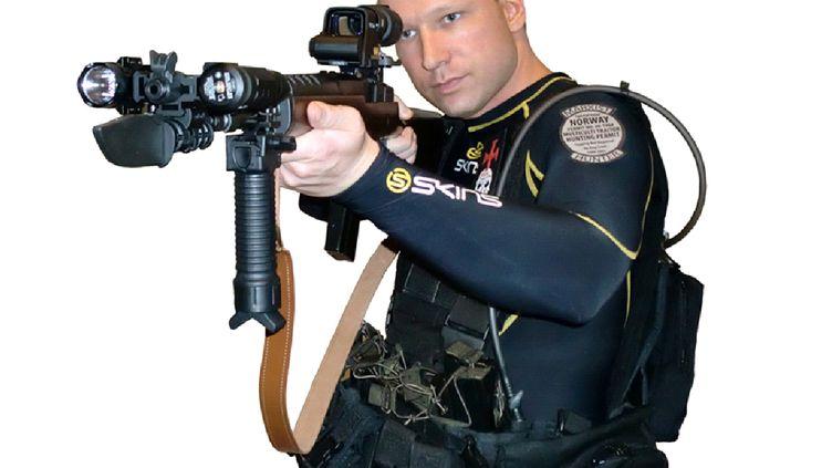 Une image d'Anders Behring Breivik diffusée dans sa vidéo de propagande mise en ligne juste avantses attentats à Oslo et Utoya (Norvège). (AFP / SCANPIX NORWAY)