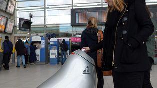 Le robot poubelle a été testé le à Nantes, le 7 février 2017. (MAXPPP)