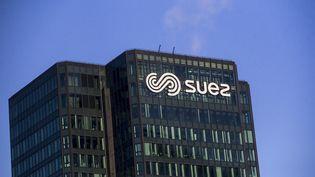 L'immeuble Suez à La Défense vers Paris. Photo d'illustration. (VINCENT ISORE / MAXPPP)