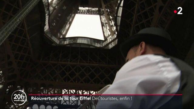 Paris : la tour Eiffel rouvre ses portes et retrouve ses touristes