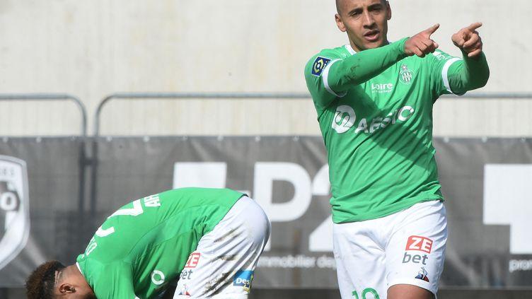 Wahbi Khazri buteur pour Saint-Etienne d'une belle frappe contre Angers. (JEAN-FRANCOIS MONIER / AFP)