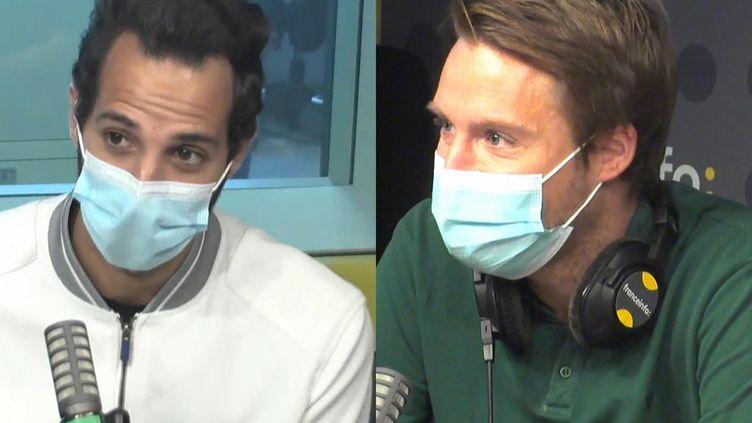 """Arnaud Bonnin (D) et Lyès Houhou (G), auteurs du documentaire """"Faut qu'on parle"""" sur l'homosexualité dans le sport, diffusé sur Canal Plus le 19 juin 2021. (FRANCEINFO / RADIO FRANCE)"""