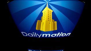 Le logo du site de partage de vidéos Dailymotion. (LIONEL BONAVENTURE / AFP)