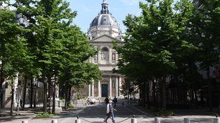 La place de la Sorbonne, à Paris. (ERIC PIERMONT / AFP)