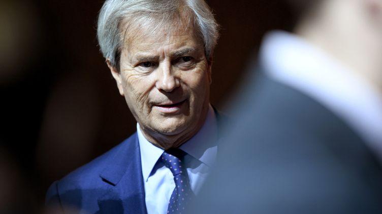 Vincent Bolloré arrive à une réunion du groupe Vivendi, le 19 avril 2018 à Paris. (ERIC PIERMONT / AFP)