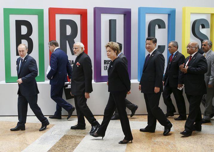 Sommet des BRICS à Oufa (Russie) le 9 juillet 2015. (Sergei KARPUKHIN / REUTERS)