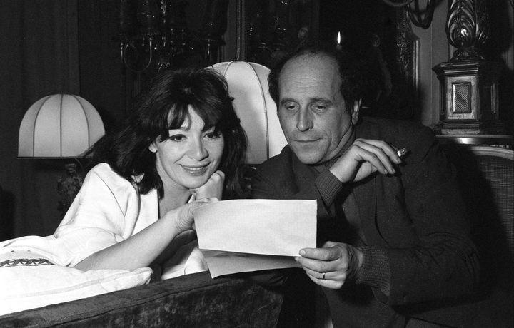 Juliette Greco et Leo Ferre a bord du paquebot France en 1962 (DALMAS/SIPA)