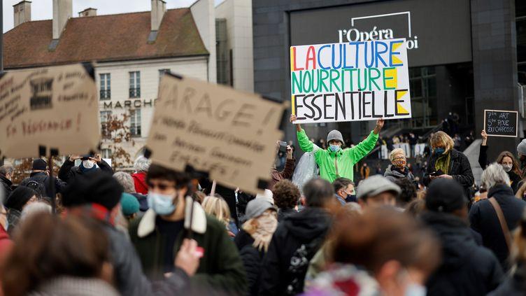 A Paris lors d'une manifestation secteur culturel contre la fermeture prolongée des lieux de culture, le 15 décembre 2020. Photo d'illustration. (THOMAS COEX / AFP)