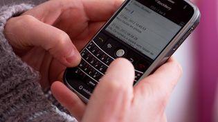 Jonathan, l'un des commerciaux de Discopar, a appris son licenciement par SMS. (CLOSON DENIS / ISOPIX / SIPA)