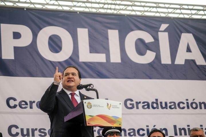 Javier Duarte, gouverneur de Veracruz (2010-2016) préside à l'Académie de police El Lencero une cérémonie de remises de diplômes de policiers à Xalapa Veracruz. (RUBÉN ESPINOSA / PROCESOFOTO / )