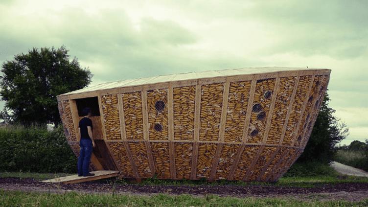 Cabane en maïs exposée au festival Archi  (dr)