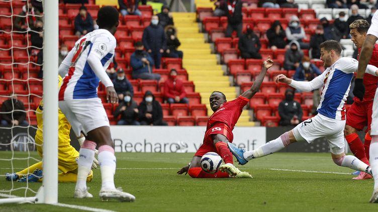Sadio Mané ouvre le score pour Liverpool face à Crystal Palace dimanche 23 mai à Anfield (PHIL NOBLE / POOL)