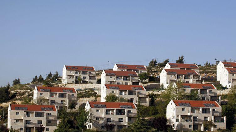 La Cour suprême israélienne a ordonné la destruction d'ici au 1er juillet 2012 de cinq bâtiments édifiés par des colons sur des terres contestées dans la colonie de Beit El (Cisjordanie). (GALI TIBBON / AFP)
