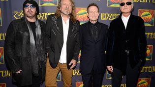 """Le groupe de Heavy metalLed Zeppelin lors de l'avant première de""""Led Zeppelin: Celebration Day""""en octobre 2012. (KEVIN MAZUR / GETTY IMAGES NORTH AMERICA)"""