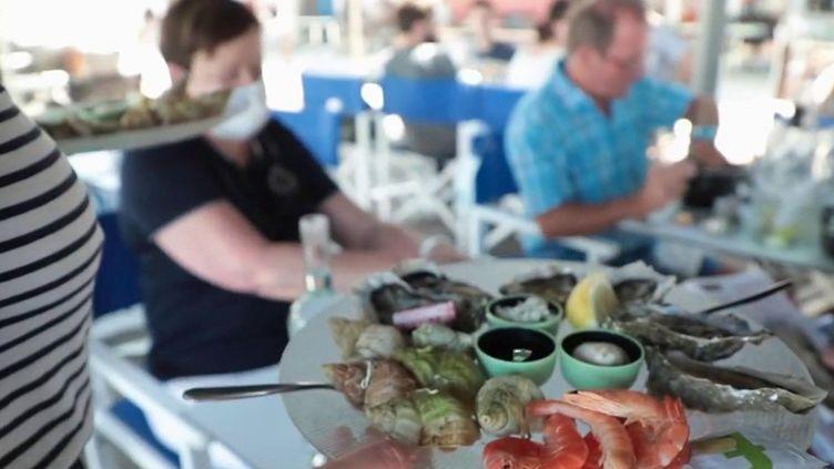 La Rochelle : une reprise d'activité encourageante pour les restaurateurs (France 2)