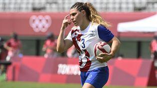 Chloe Pelle et ses coéquipières sont qualifiées pour les quarts de finale de rugby à 7, grâce à leur victoire face au Brésil. (HERVIO JEAN-MARIE / KMSP)