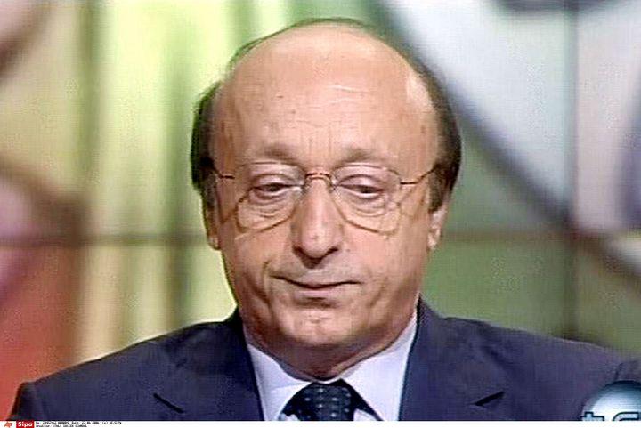Luciano Moggi, alors directeur sportif de la Juventus, interviewé sur la Rai 3, le 27 juin 2006. (AP/SIPA / AP)