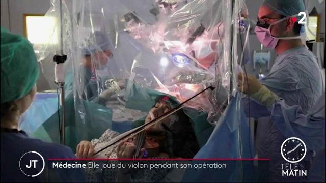 Une violoniste joue pendant son opération du cerveau pour ne pas perdre son don