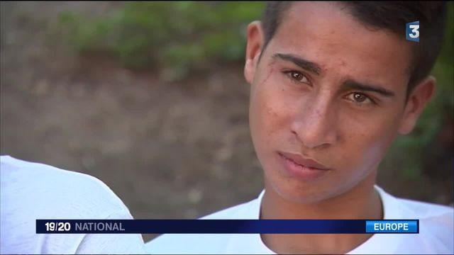 Sicile : le quotidien de jeunes réfugiés mineurs isolés