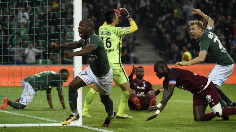 Dabo marque le 2e but stéphanois. (JEAN-PHILIPPE KSIAZEK / AFP)