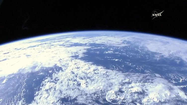 La Terre vue de la Station spatiale internationale, le 22 avril 2017. (NASA TV / AFP)