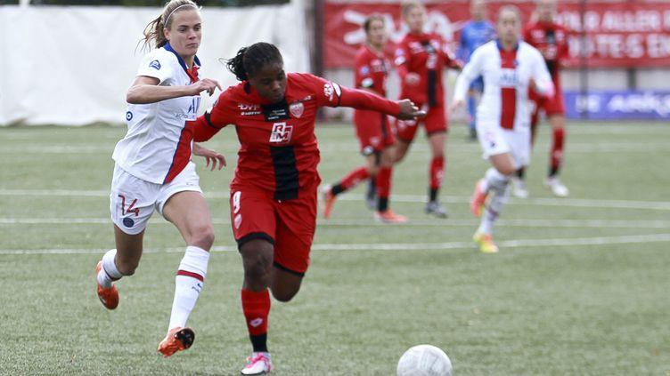 L'équipe féminine du PSG face à Dijon, le 4 octobre 2020. (NICOLAS GOISQUE / MAXPPP)