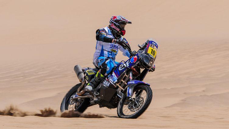 David Casteu (Yamaha) dans les dunes de Pisco