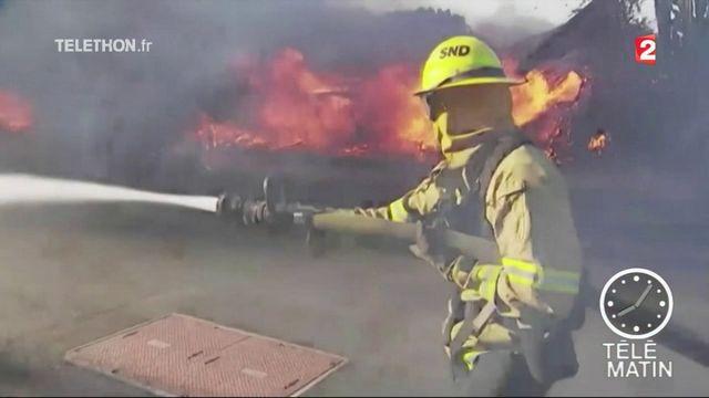 Californie : le feu menace Los Angeles