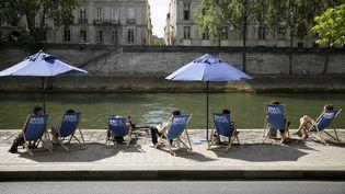 Paris Plages sur la voie Georges-Pompidou, à Paris, le 21 juillet2015. (MAXPPP)