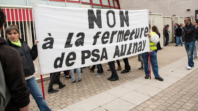 (Manifestation de salariés de PSA Aulnay en 2013. © Maxppp)