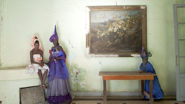 "Photo (détail) de la série""Signares"" du photographe Fabrice Monteiro (FABRICE MONTEIRO, ADAGP/COURTESY GALERIE MAGNIN-A, PARIS)"