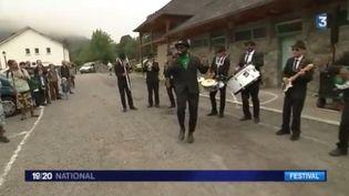 France 3 vous invite à découvrir un festival atypique au cœur de la montagne : le festiJam dans les Hautes-Pyrénées. (FRANCE 3)