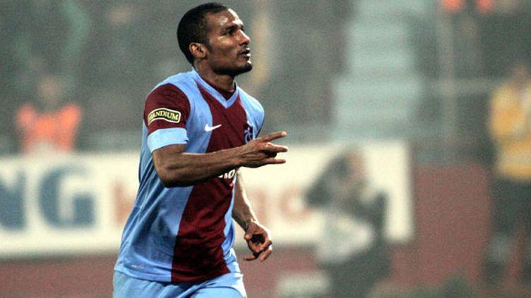 Une image ancienne, Florent Malouda sous le maillot de Trabzonspor