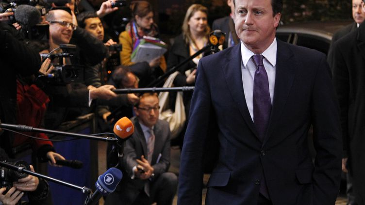 Le Premier ministre britannique David Cameron à son arrivée au sommet européen de Bruxelles (Belgique), le 8 décembre 2011. (FRANÇOIS LENOIR / REUTERS)