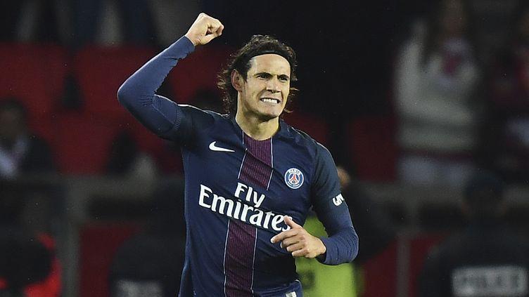 Edinson Cavani heureux buteur avec le PSG (FRANCK FIFE / AFP)
